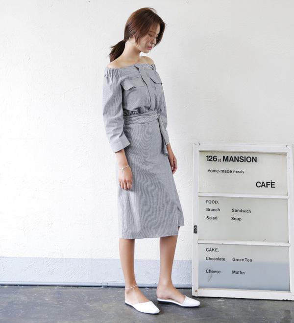 kết hợp trang phục với hai thiết kế áo hót nhất mùa hè