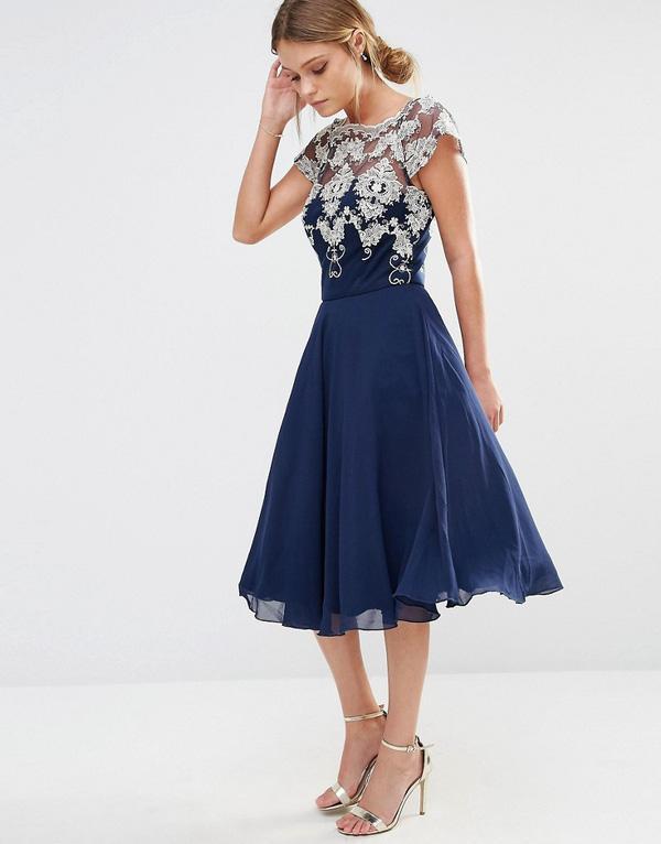 trang phục dự tiệc cưới