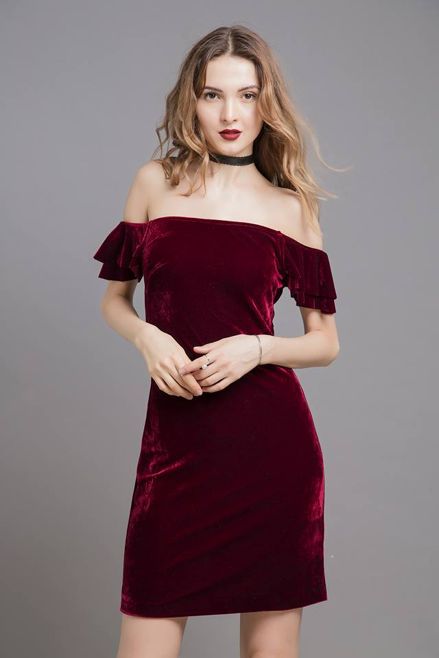 4 mẫu váy liền say lòng người ngắm giúp nàng tỏa sáng tại những buổi tiệc đầu năm mới - Ảnh 13.
