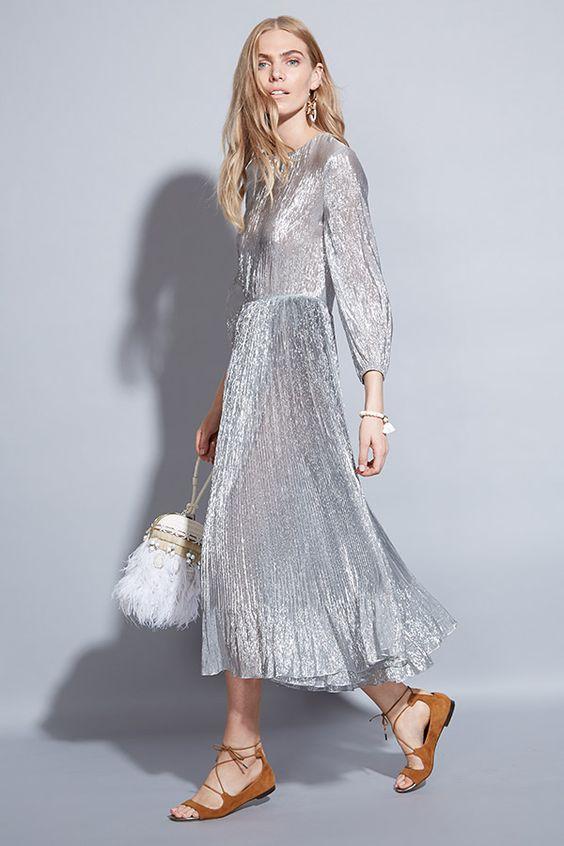 4 mẫu váy liền say lòng người ngắm giúp nàng tỏa sáng tại những buổi tiệc đầu năm mới - Ảnh 25.