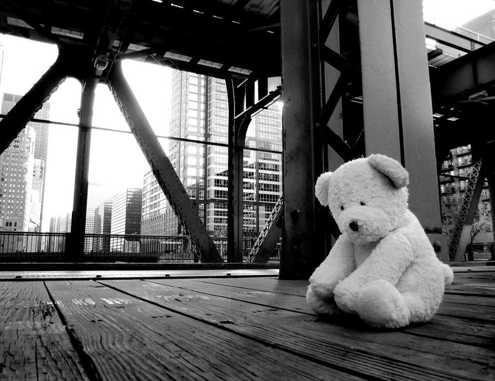 Đôi khi mạnh mẽ cũng chính là cô đơn...