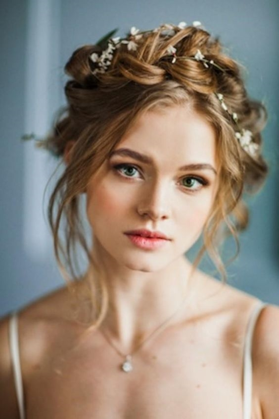 Những kiểu tóc duyên dáng dễ làm để các nàng đẹp lung linh dịp Tết