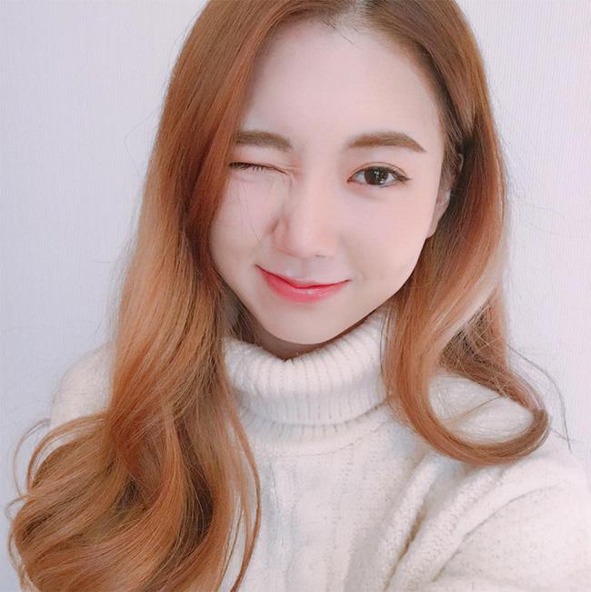 Muốn trang điểm đẹp chuẩn Hàn Quốc thì theo dõi ngay 5 cô nàng Beauty Blogger này