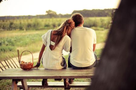 Khi yêu, đừng quá tin vào những lời hứa...