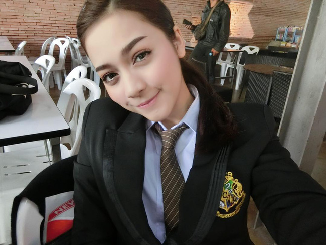 Sao con gái Thái ai cũng xinh hết phần của người khác vậy nhỉ? - Ảnh 3.