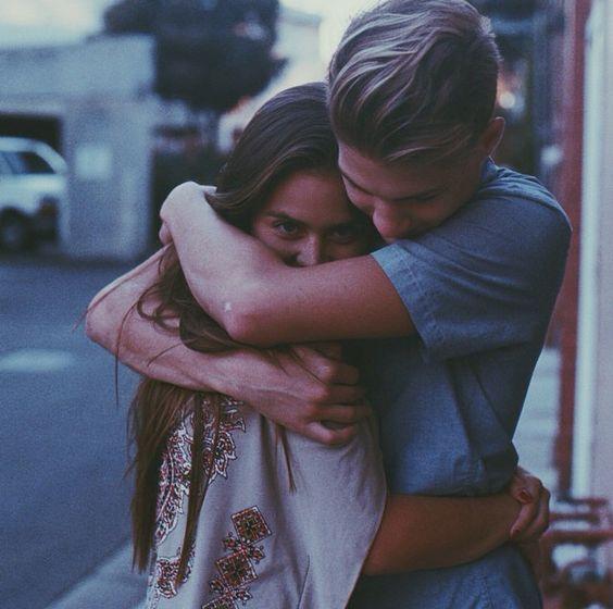 Yêu cần lắm sự quan tâm, lo lắng. Nhưng ai cũng cần một khoảng riêng tư...