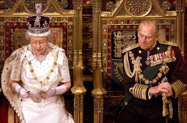 Tên họ các thành viên Hoàng gia Anh là gì - câu hỏi khó nhằn thách bạn trả lời được - Ảnh 4.