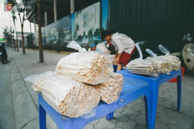 Bỏng gậy - Món quà quê dân dã của người Việt lại gây thích thú trên blog ẩm thực nước ngoài - Ảnh 3.