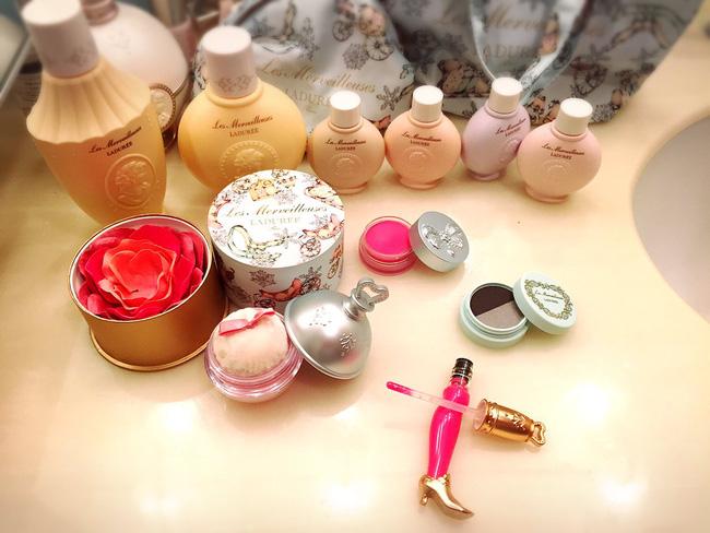 """6 sản phẩm makeup mới toanh vừa """"đẹp vừa độc"""" đảm bảo sẽ khiến hội con gái tan chảy"""