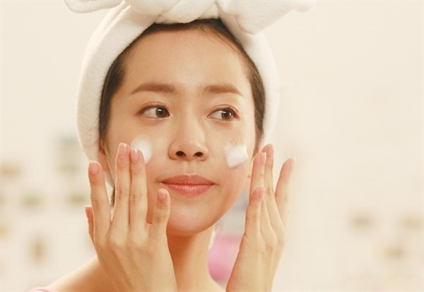 Học ngay 3 bí quyết rửa mặt đúng cách để da sáng mịn, sạch mụn
