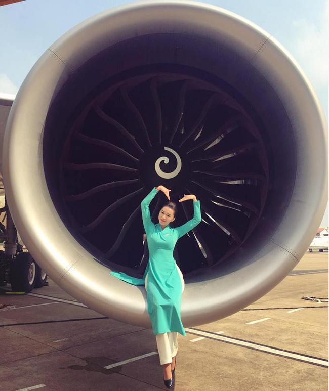 Trải nghiệm đón giao thừa trên máy bay qua lời kể của những tiếp viên hàng không quốc tế xinh đẹp - Ảnh 6.