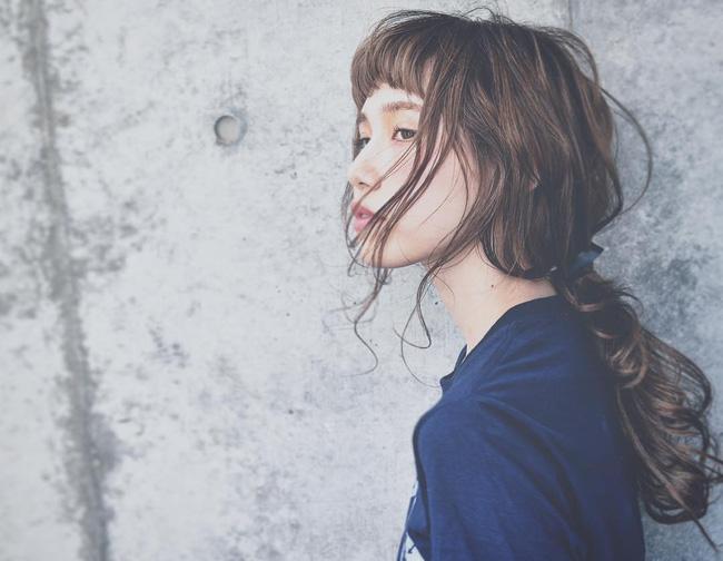 1a900a3cfc4a36b2c152cf8ffa51bf02eda19e2c 10 kiểu tóc cực xinh lung linh bạn có thể diện từ sáng tới tối mà vẫn đẹp