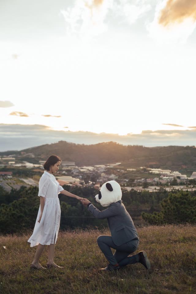 Chỉ cần yêu nhau thật nhiều thì ảnh cưới chụp ở... vườn rau cũng khiến người ta xuýt xoa - Ảnh 33.