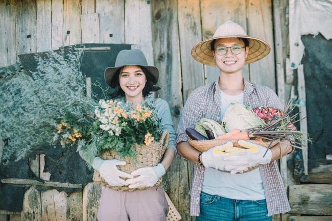 Chỉ cần yêu nhau thật nhiều thì ảnh cưới chụp ở... vườn rau cũng khiến người ta xuýt xoa - Ảnh 26.