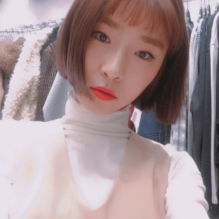 Xu hướng sexy có lên ngôi thì con gái châu Á vẫn kết 4 kiểu tóc mái cute siêu cấp này - Ảnh 4.