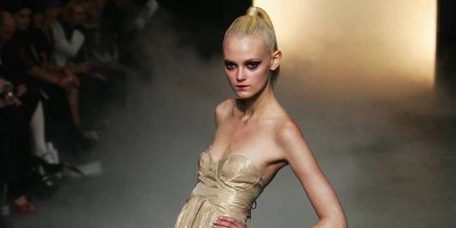 Ăn bông gòn để sống - cơn ác mộng của những người mẫu mong muốn giữ vóc dáng siêu gầy - Ảnh 3.