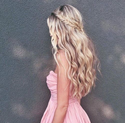 """Những kiểu tóc """"cứ để là xinh"""" làm chàng """"đổ gục"""" ngày Valentine"""