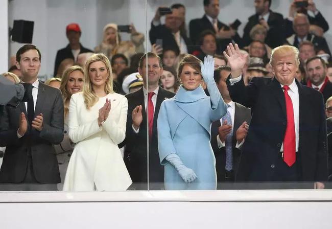 Mối quan hệ thực sự của Đệ nhất phu nhân Trump và con gái riêng của chồng - Ảnh 1.
