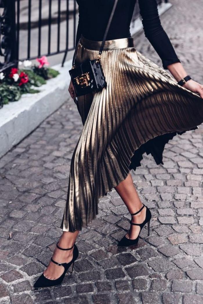 Chân váy midi dáng xòe - muốn mặc đẹp không hề khó!