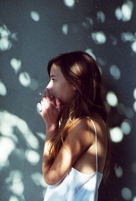 Thật khó để kiểm soát được tình cảm và suy nghĩ khi đã yêu...