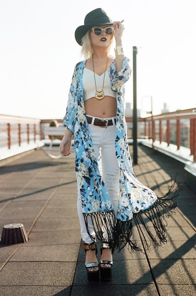 """""""Đón đầu xu hướng"""" với những cách phối áo khoác kimono cực chất"""