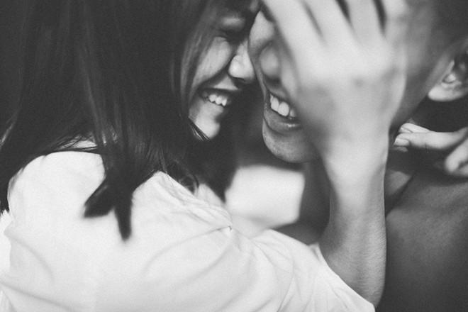 Những con người đã đi qua thương đau thì ít khi dám yêu lại lần nữa...