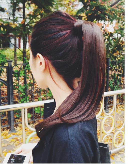"""Những kiểu tóc """"cứu nguy"""" cho ngày đầu bết vì mưa gió"""