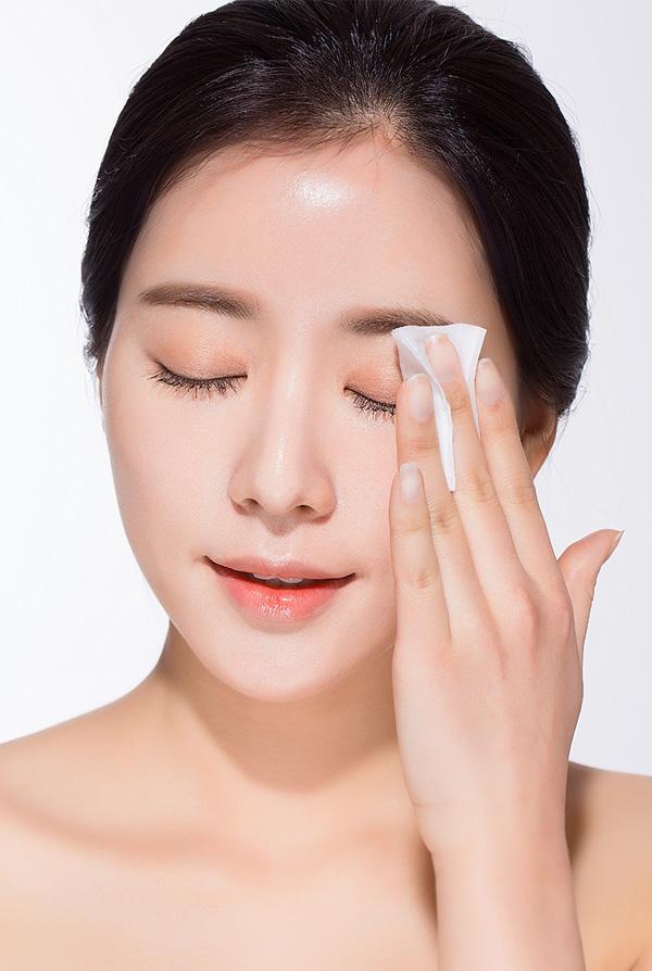dc02f8b35ea2a76e6a8eb7291c14262c3b43f789 5 bước để làm đẹp mỗi sáng giúp bạn có làn da căng mịn và sáng bóng