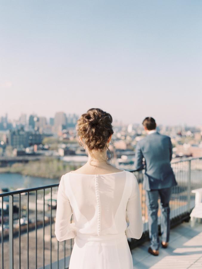 Khi nào thích hợp nhất để cưới? Khi có nhiều tiền hay khi nhiều tình cảm?