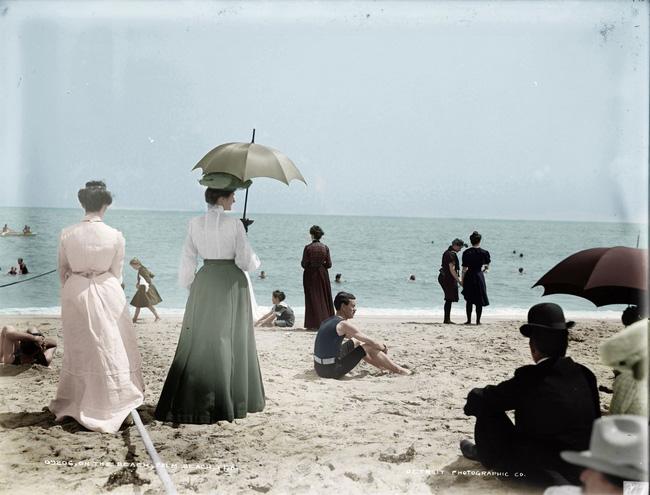 Cách đây hơn 100 năm, phụ nữ ăn mặc như thế nào?