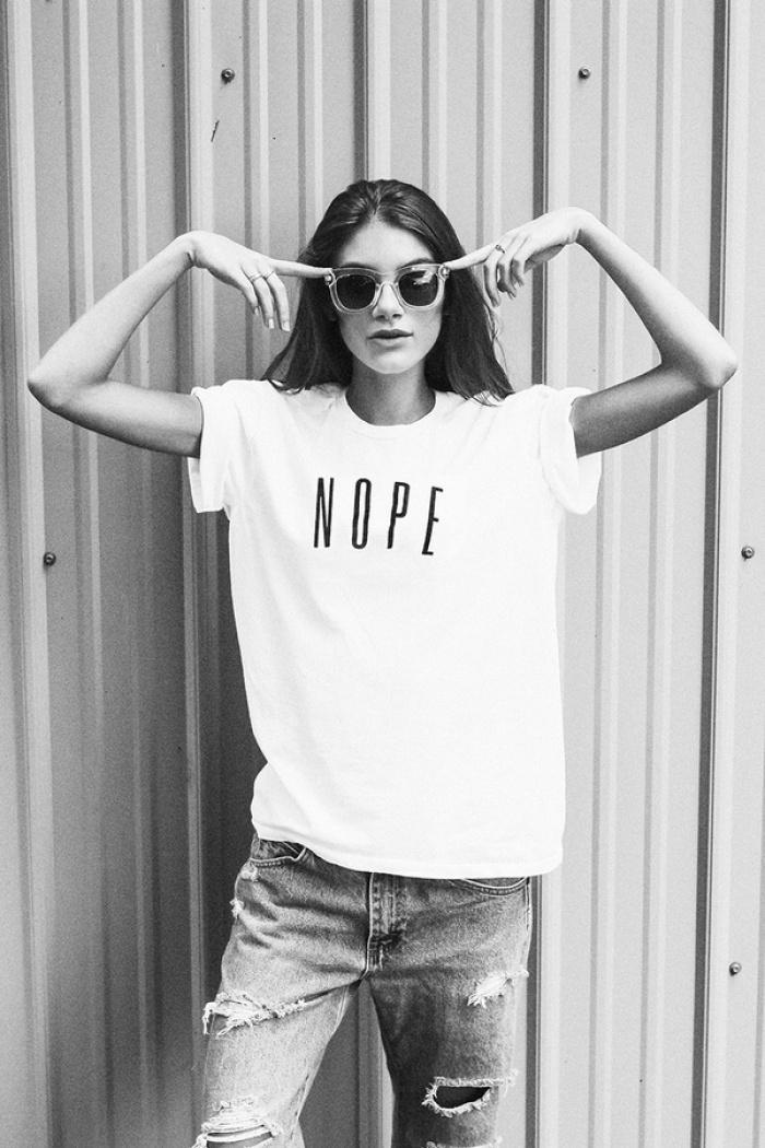Chưa cần phải chất, mặc áo phông cứ kết hợp đơn giản thế này là đẹp