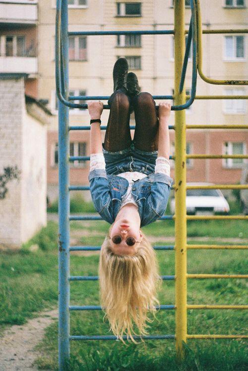Tuổi trẻ là để trải nghiệm, chứ không phải để ổn định!
