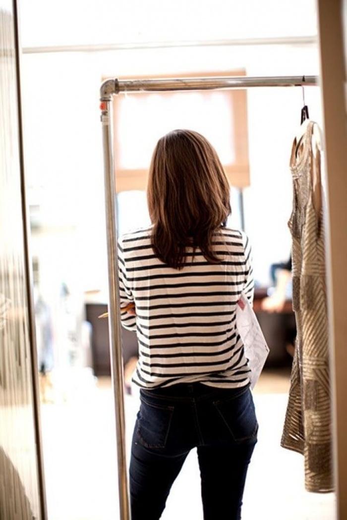 Bạn có công nhận là dù thời trang có thế nào thì áo phông kẻ ngang vẫn là bất hủ nhất! - Ảnh 4.