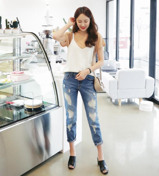 """Diện quần dài vào mùa nóng sẽ không còn là nỗi """"ám ảnh"""" nhờ những mẫu quần jeans, quần vải này"""