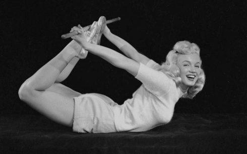Yoga Marilyn Moonro