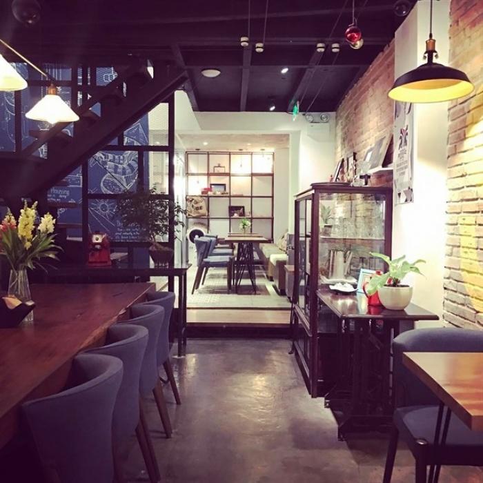 """Xách lap ngồi hàng giờ ở 9 quán cà phê được xem như """"văn phòng làm việc"""" của giới trẻ"""