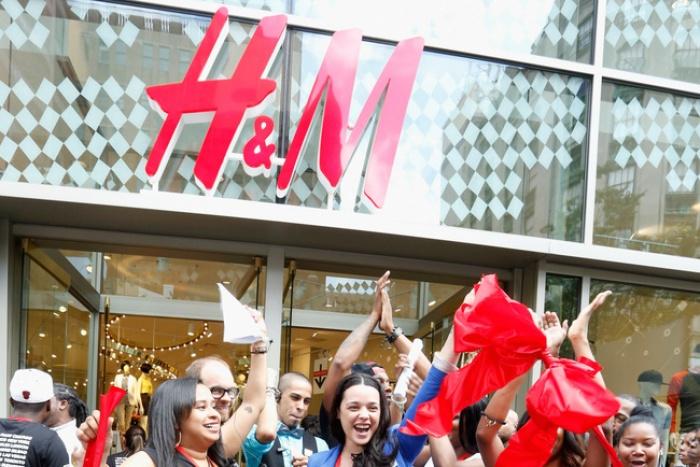 H&M sắp về Việt Nam lắm rồi nhưng không phải ai cũng nắm được 7 bí mật khi mua đồ của hãng - Ảnh 4.