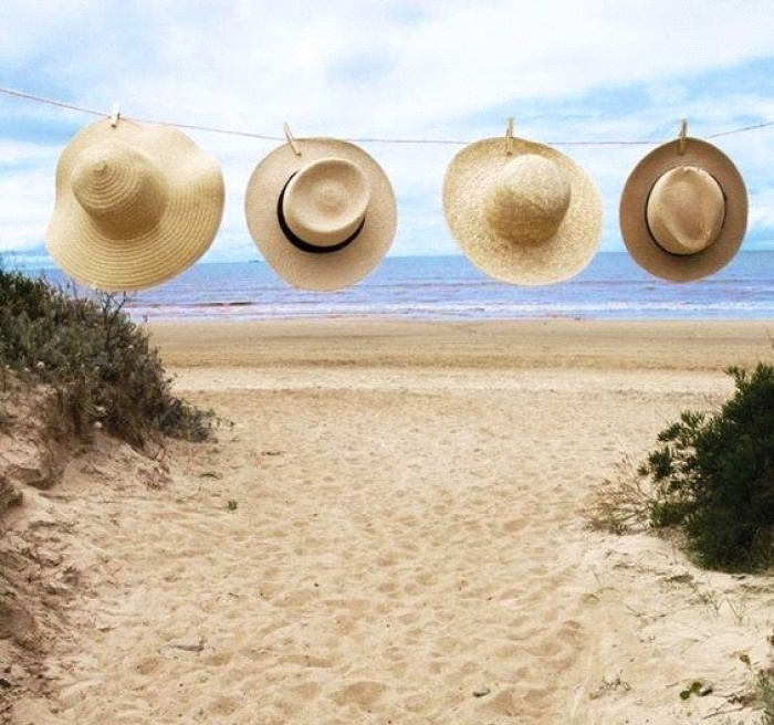 """6 món phụ kiện các cô gái """"phải có"""" khi đi du lịch hè này"""