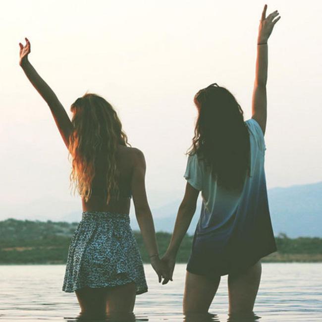 Bạn thân nhất bỗng biến thành người xa lạ là cảm giác như thế nào?