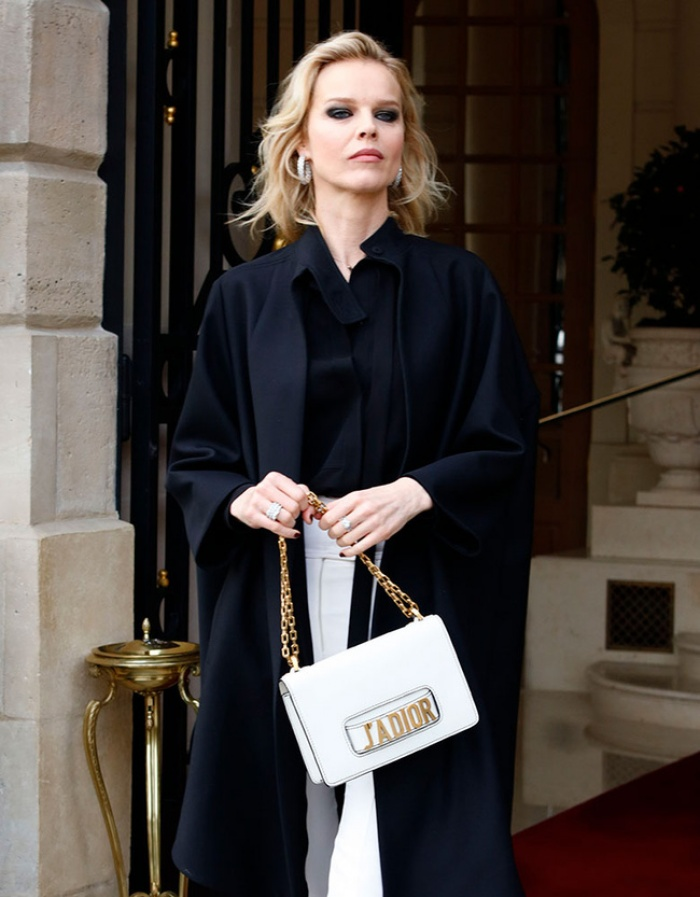 Túi Dior J'adior: Món phụ kiện khiến cả Bánh bèo lẫn Cá tính đều đổ gục trong một nốt nhạc! - Ảnh 12.