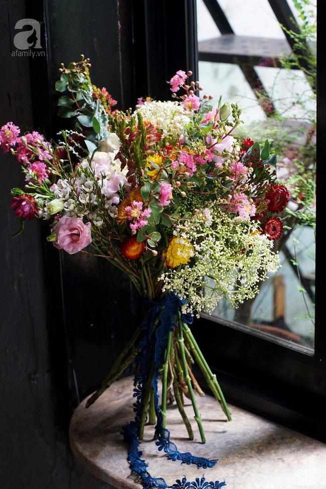 Giữa Sài Gòn xô bồ, vẫn có một nơi bạn có thể tĩnh tâm với đồ ăn thức uống đơm hoa - Ảnh 24.