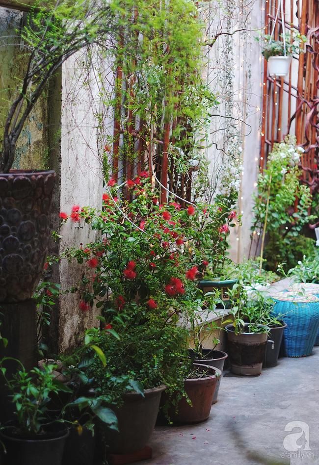 Giữa Sài Gòn xô bồ, vẫn có một nơi bạn có thể tĩnh tâm với đồ ăn thức uống đơm hoa - Ảnh 14.