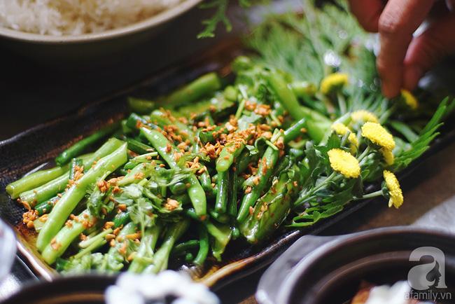 Giữa Sài Gòn xô bồ, vẫn có một nơi bạn có thể tĩnh tâm với đồ ăn thức uống đơm hoa - Ảnh 7.