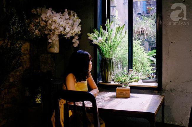 Giữa Sài Gòn xô bồ, vẫn có một nơi bạn có thể tĩnh tâm với đồ ăn thức uống đơm hoa - Ảnh 8.