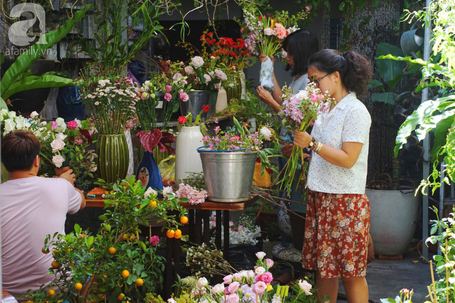 Giữa Sài Gòn xô bồ, vẫn có một nơi bạn có thể tĩnh tâm với đồ ăn thức uống đơm hoa - Ảnh 20.
