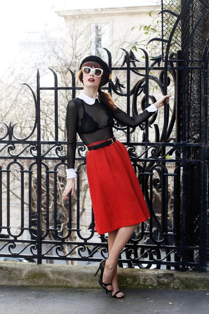 Học các quý cô Pháp cách diện chân váy trong mùa hè