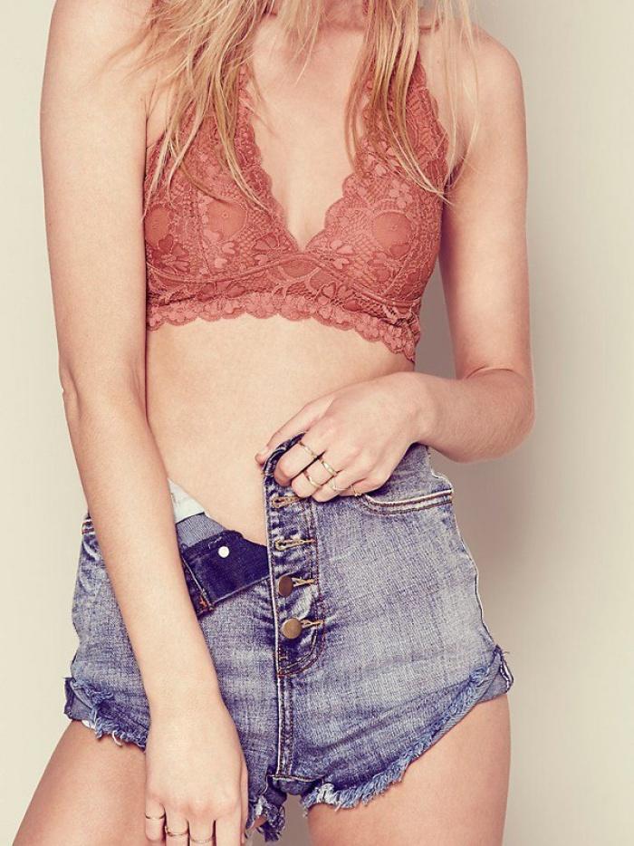 Hãy để 5 thiết kế bra này yêu chiều làn da và vóc dáng của bạn trong hè nắng nóng - Ảnh 5.