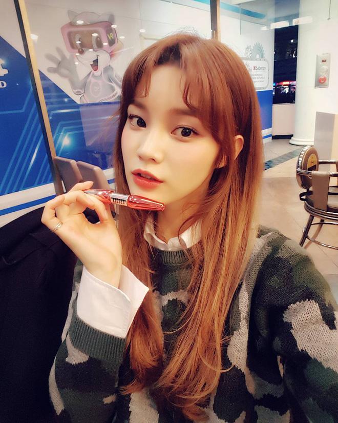 5 thỏi son từ bình dân đến cao cấp được các hot girl Hàn tích cực lăng xê thời gian này mà bạn không thể không biết - Ảnh 20.
