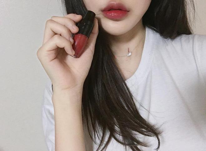 5 thỏi son từ bình dân đến cao cấp được các hot girl Hàn tích cực lăng xê thời gian này mà bạn không thể không biết - Ảnh 13.