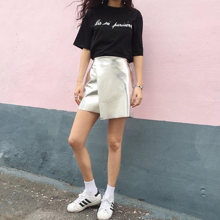 T-shirt với font chữ viết tay, món mới siêu hot đang được giới trẻ châu Á diện miết mải - Ảnh 7.